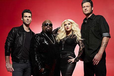 Adam Levine, Cee Lo Green, Christina Aguilera e Blake Shelton são jurados do The Voice