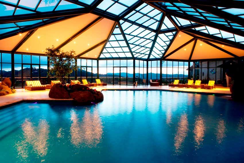 Hot is blue mountain hotel spa campos do jord o guia - Restaurante teatro campos ...