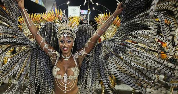Viagens: Rainhas de bateria do Carnaval 2014 de São Paulo