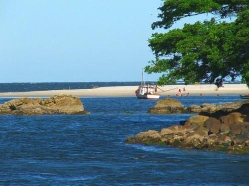 Praia das Caieiras