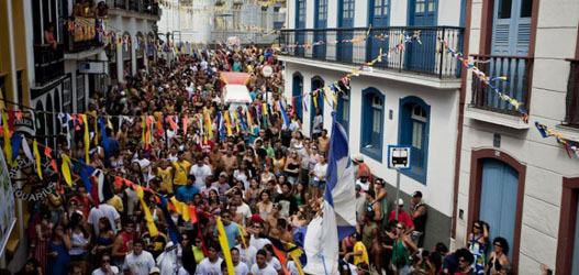 foto do carnaval de rua de Ouro Preto