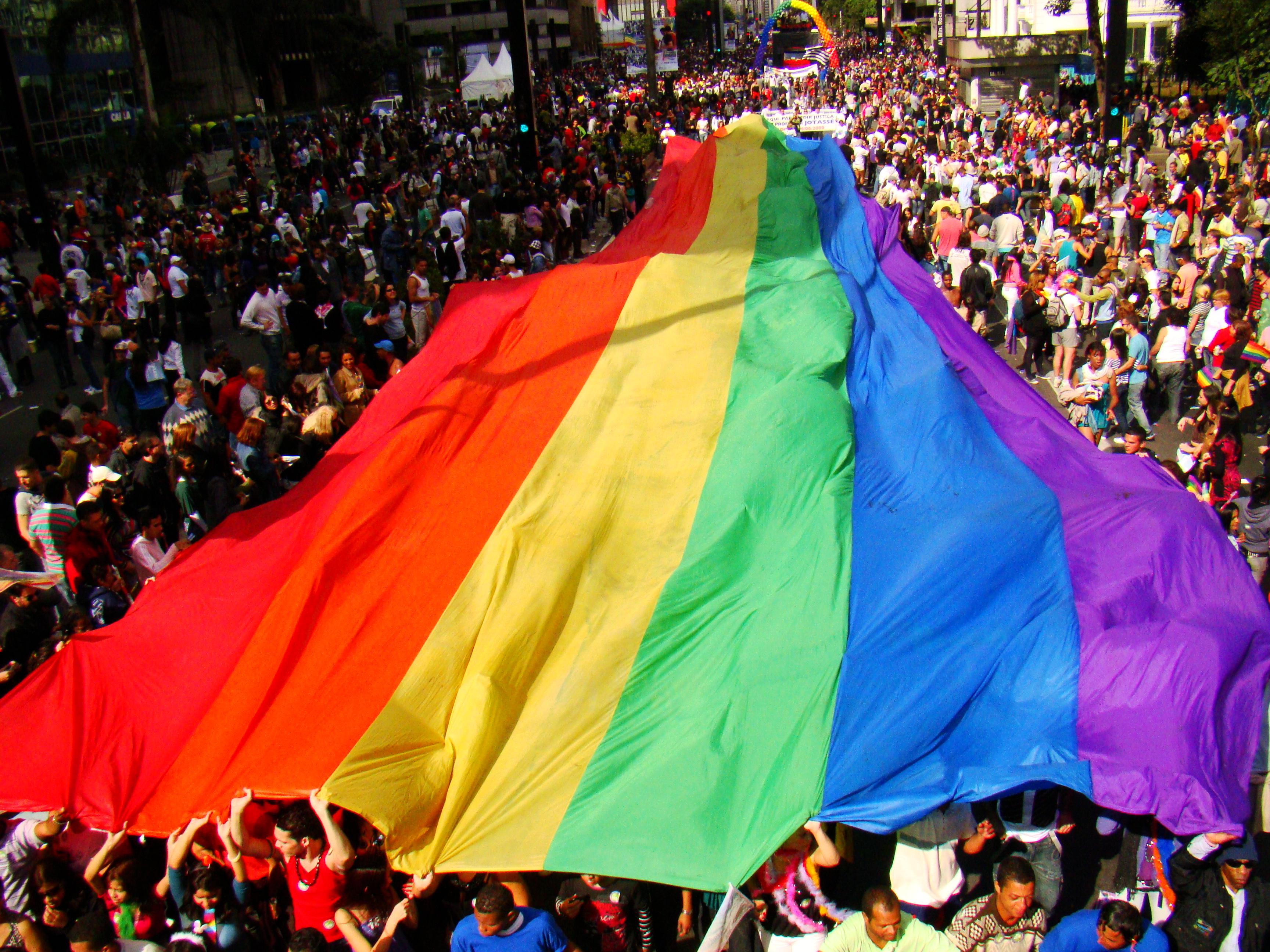 Na Cidade: Parada Gay 2014