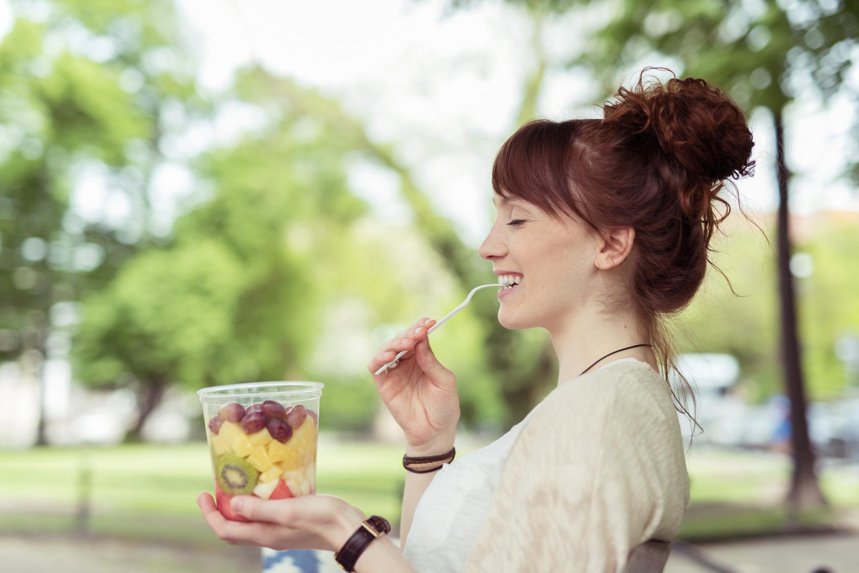 Pratos com frutas