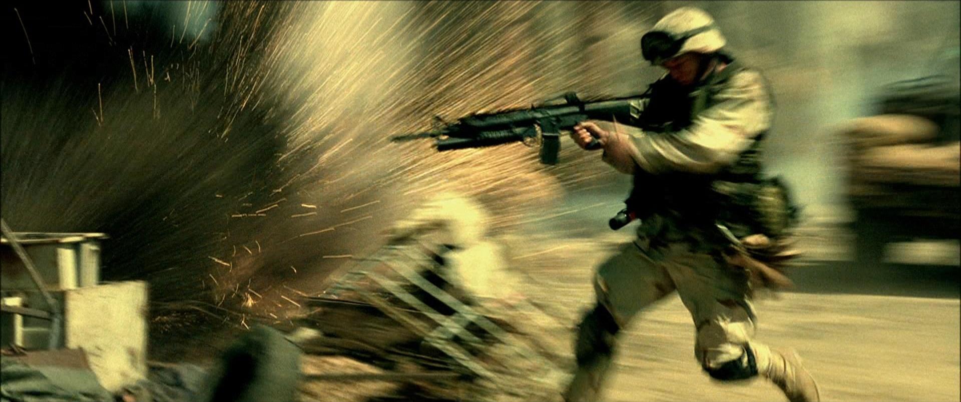 10º - Falcão Negro em Perigo (2001)