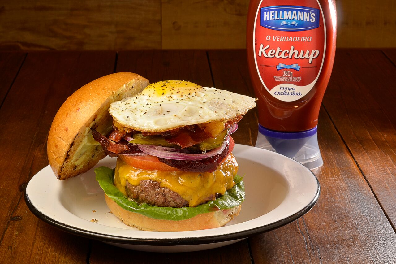 12 Burger & Bistro