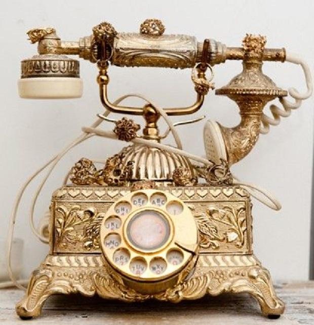telefone antigo pode decorar ambiente