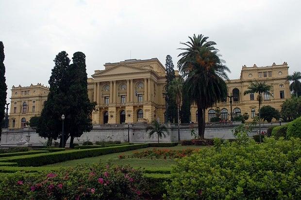 Coleções do Museu Paulista da Universidade de São Paulo