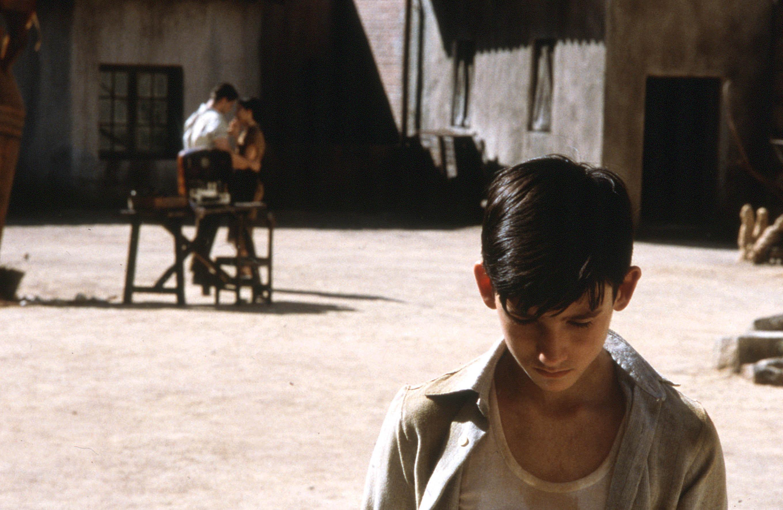 41. A Espinha do Diabo (2001)