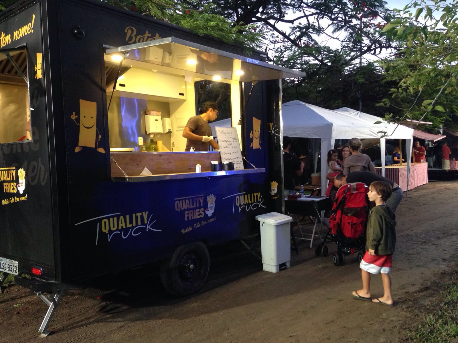 Na Cidade: Food Truck Music Festival