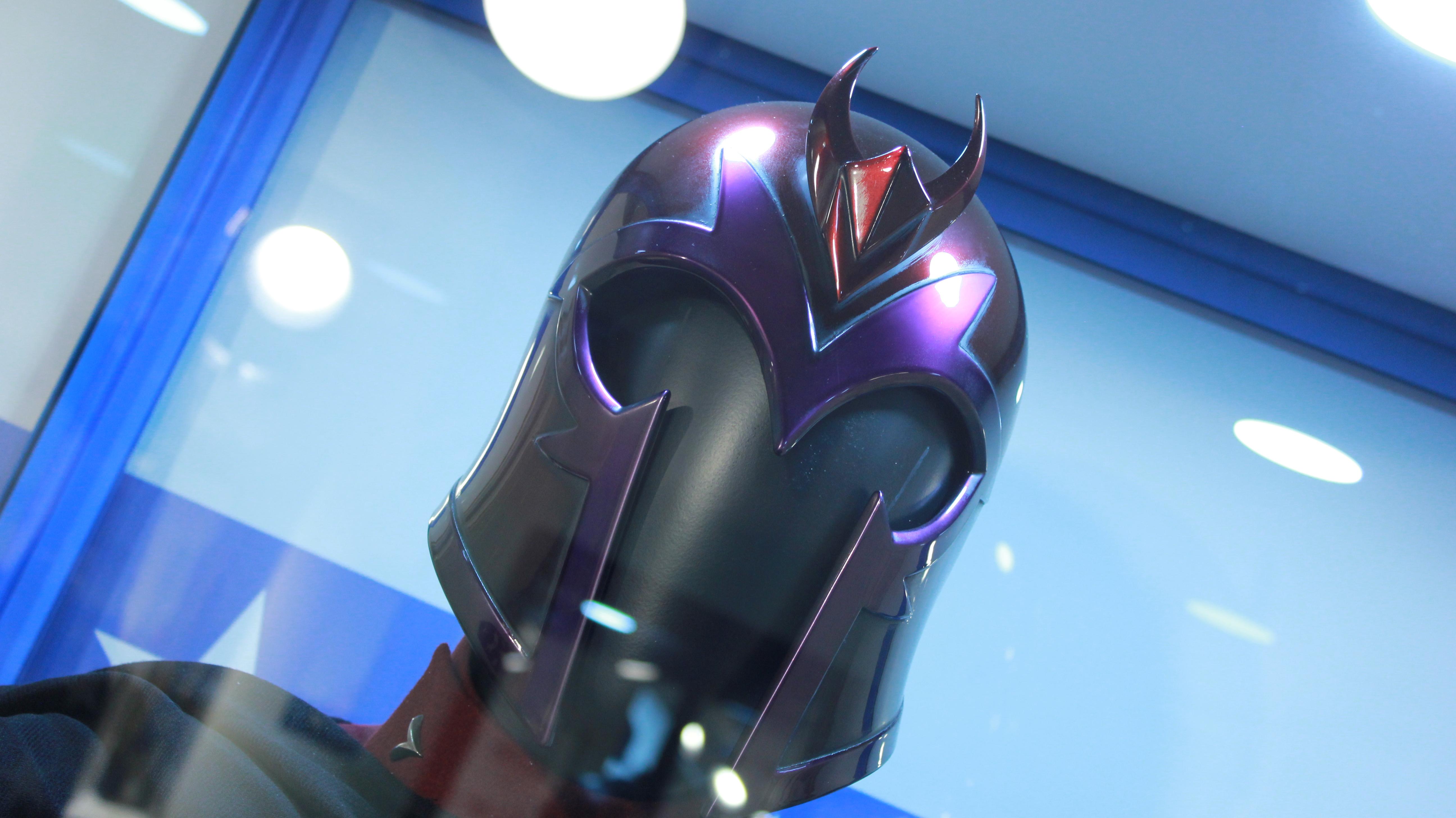 Figurino de Magneto
