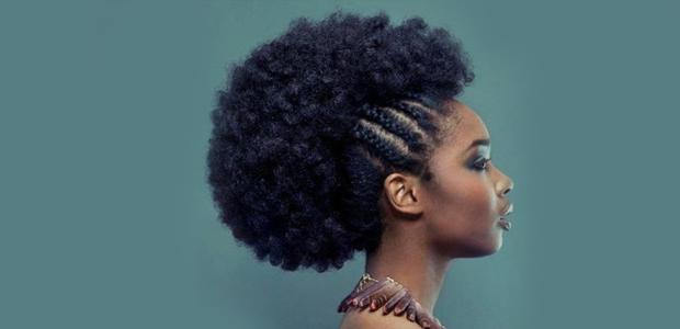 Afro ou cacheado: hora de arrasar com esses penteados incríveis