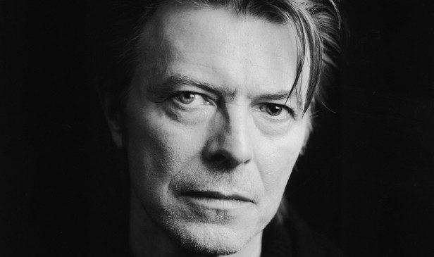Música: Banda de David Bowie prepara disco inspirado no músico