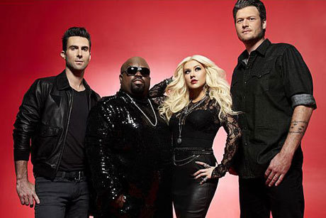 Adam Levine, Cee Lo Green, Christina Aguilera e Blake Shelton são jurados do The Voice