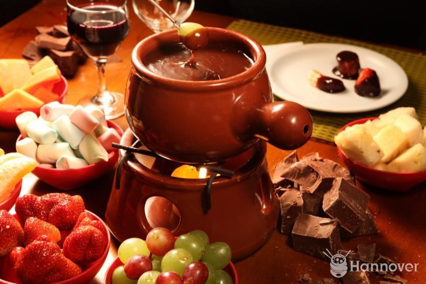 Que tal fondue neste fds three seven - Fondue de chocolate ...