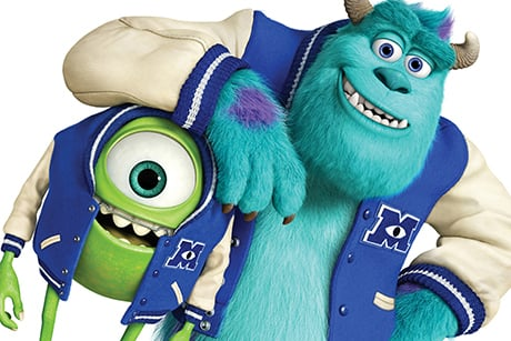 Mike e Sulley com casacos da Universidade Monstros